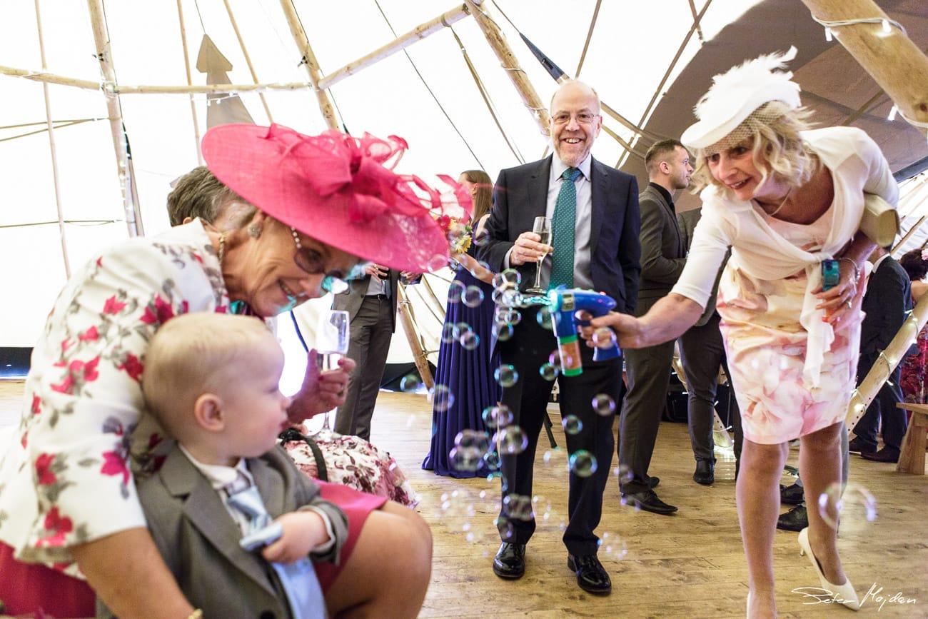 inkersal-grange-farm-wedding-photography-19.jpg