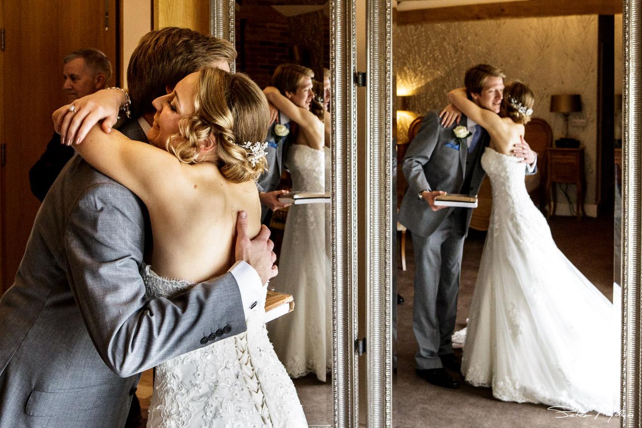 mythe-barn-wedding-photography-11.jpg