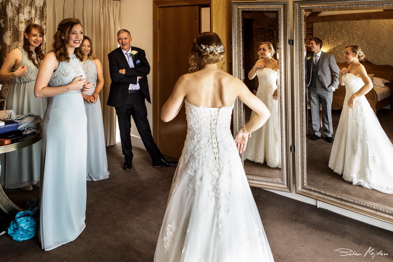 mythe-barn-wedding-photography-12.jpg