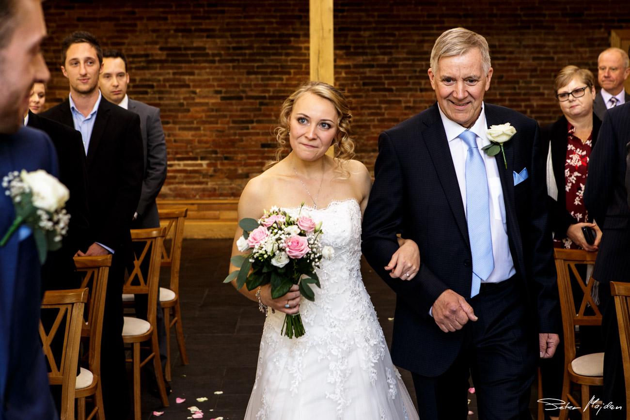 mythe-barn-wedding-photography-18.jpg