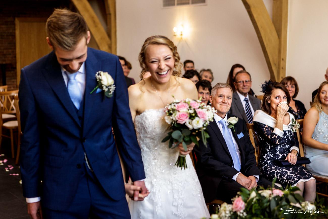mythe-barn-wedding-photography-19.jpg