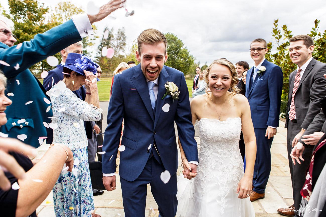 mythe-barn-wedding-photography-34.jpg