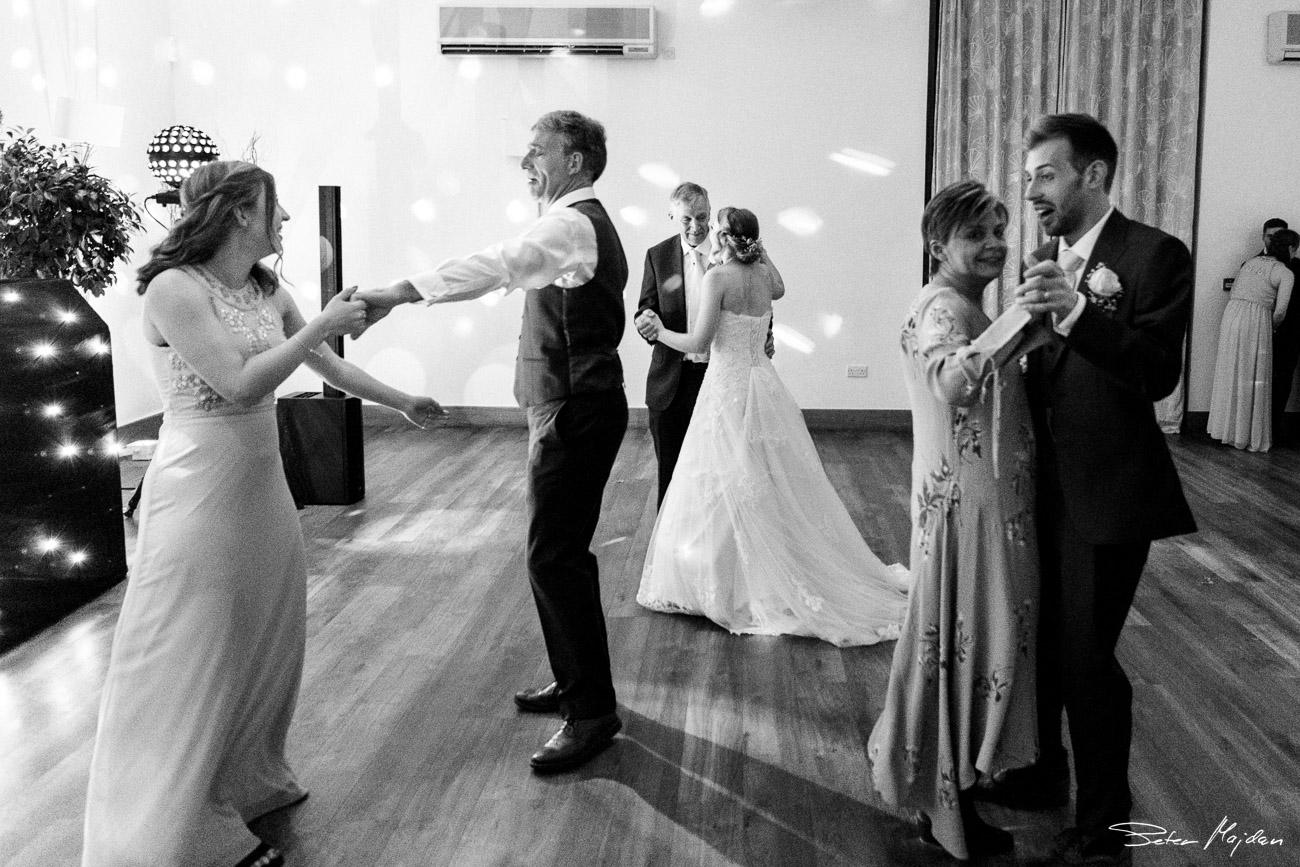 mythe-barn-wedding-photography-53.jpg