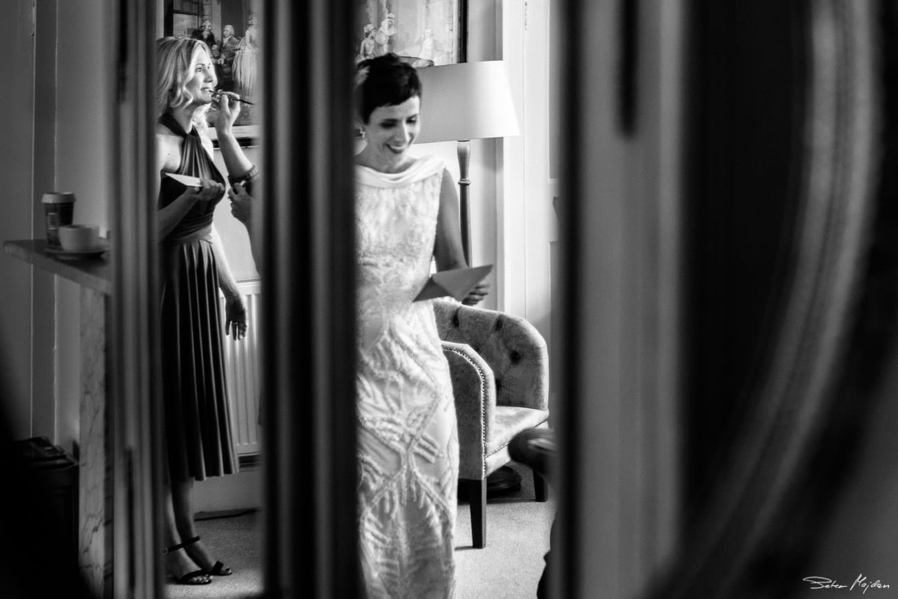 bride reading a note