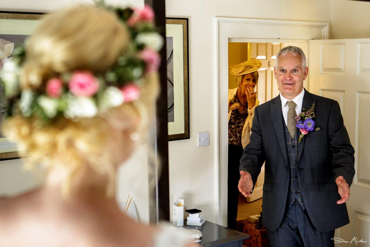 storytelling-wedding-photos-13.jpg