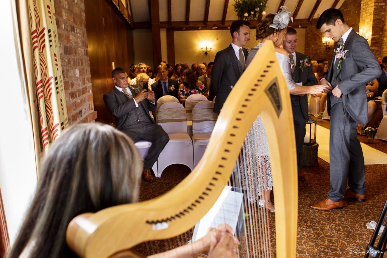 storytelling-wedding-photos-20.jpg