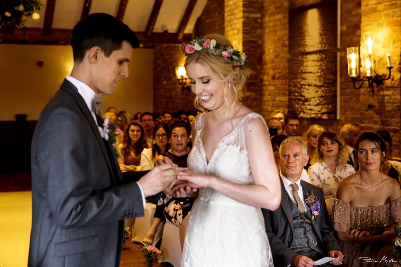 storytelling-wedding-photos-30.jpg