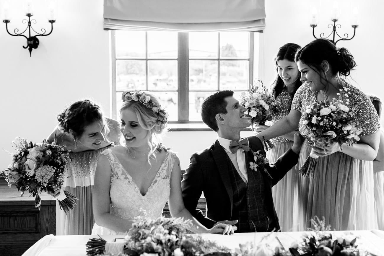 storytelling-wedding-photos-32.jpg