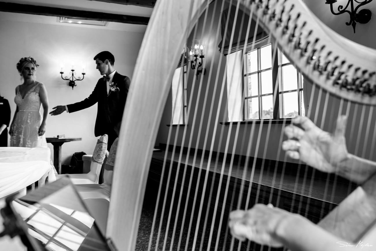 storytelling-wedding-photos-34.jpg