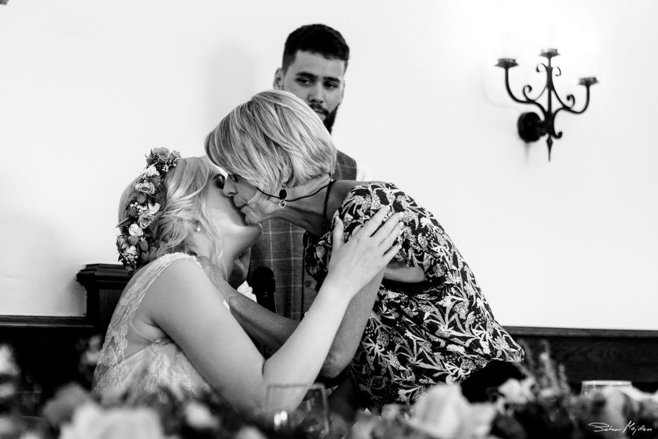 storytelling-wedding-photos-54.jpg
