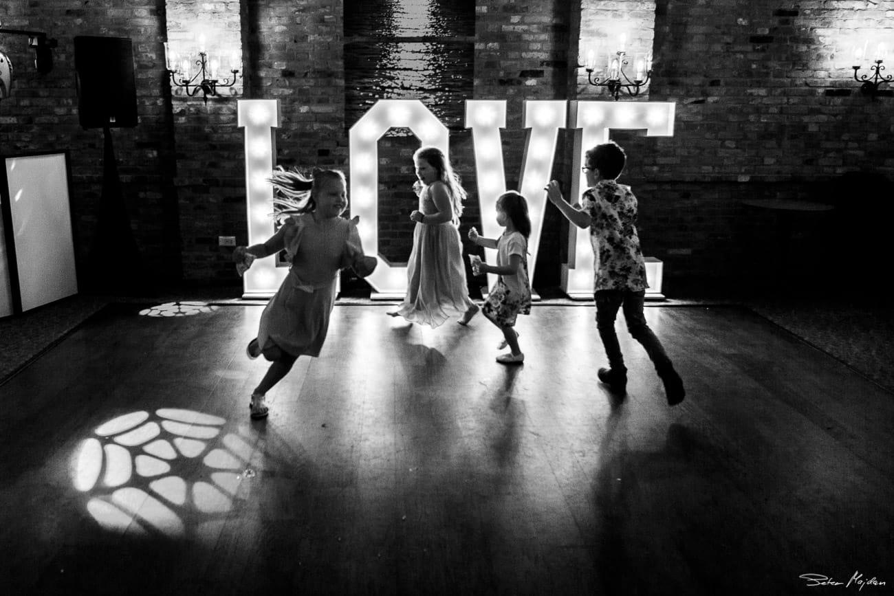 storytelling-wedding-photos-60.jpg