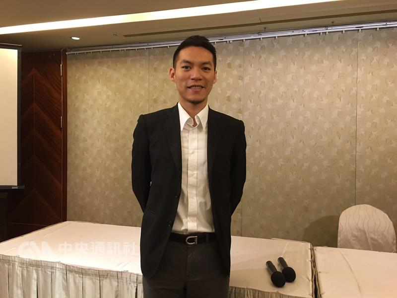 POWER FOR POINT宝渥共同创办人林大班,曾经是年薪 百万招募师,看準中国大陆重视「做简报」,与朋友合 伙成立「教人简报」团队,并锁定大陆市场。 中央社记者黄巧雯摄 2016年8月7日