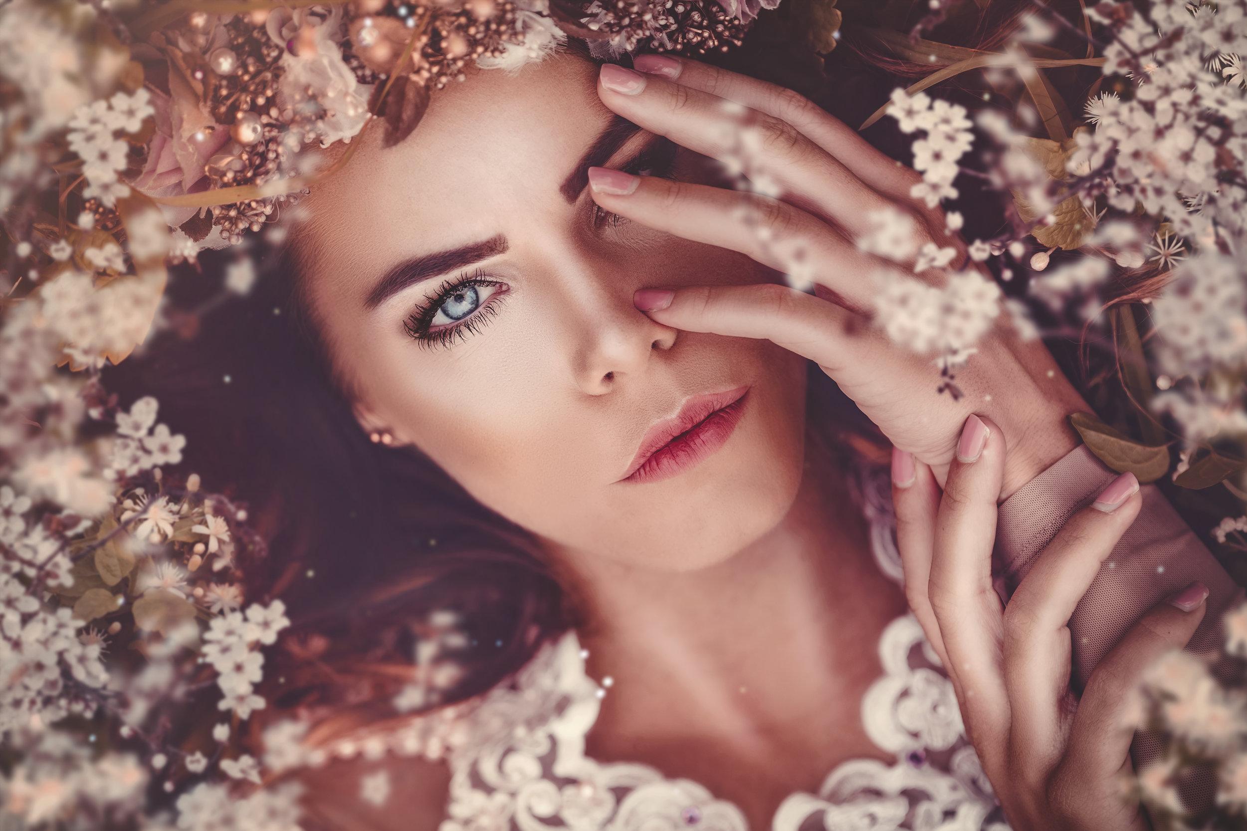 LauraHelena in LINZ am 14. September 2019   Fantasievolle Bildwelten erschaffen