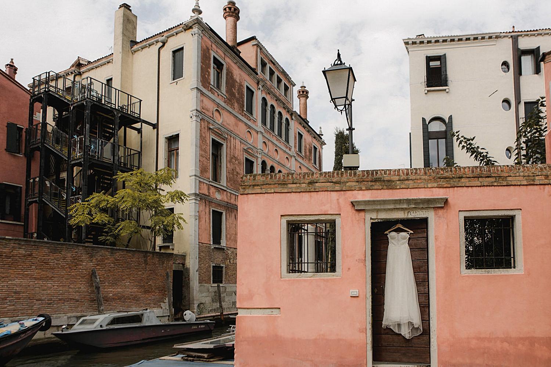 005-Venice-Intimate-Wedding.jpg