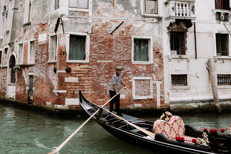 062-Venice-Intimate-Wedding.jpg