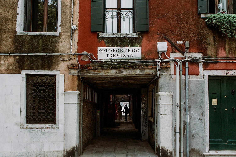 158-Venice-Intimate-Wedding.jpg