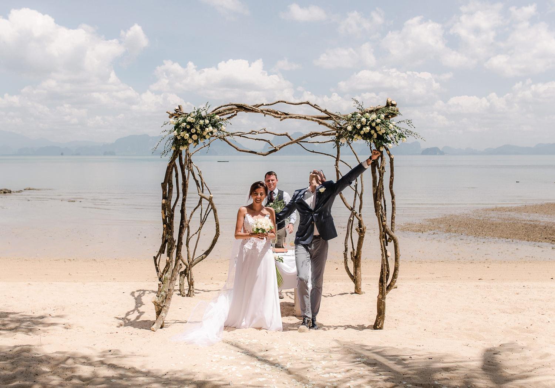 103-Fotomagoria-Thailand-Pukhet-Elopement-Wedding.jpg