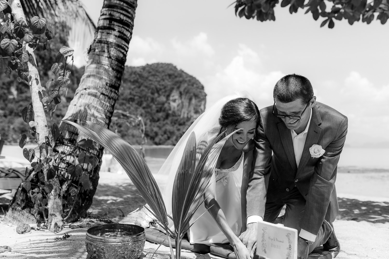 110-Fotomagoria-Thailand-Pukhet-Elopement-Wedding.jpg