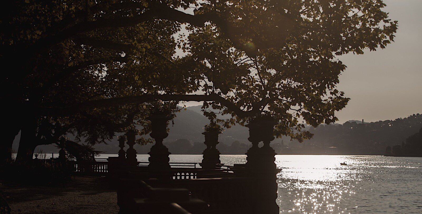 Lake Como Mandarin Hotel Fotomagoria Photographer 16.jpg