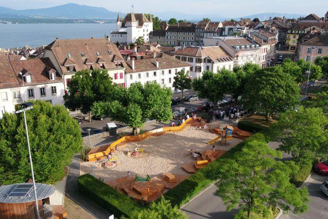 Espace de jeux et de rencontre du Square Perdtemps - Nyon - Photo Michel Perret