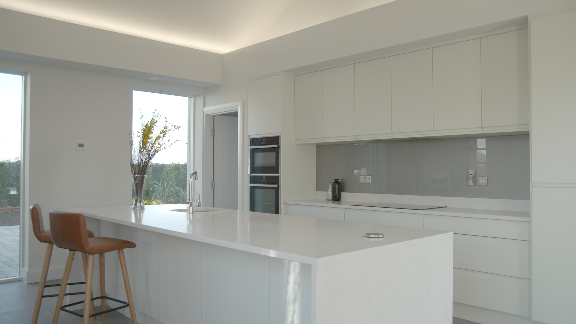 TX3 RTI10 Moate AFTER Kitchen .jpg