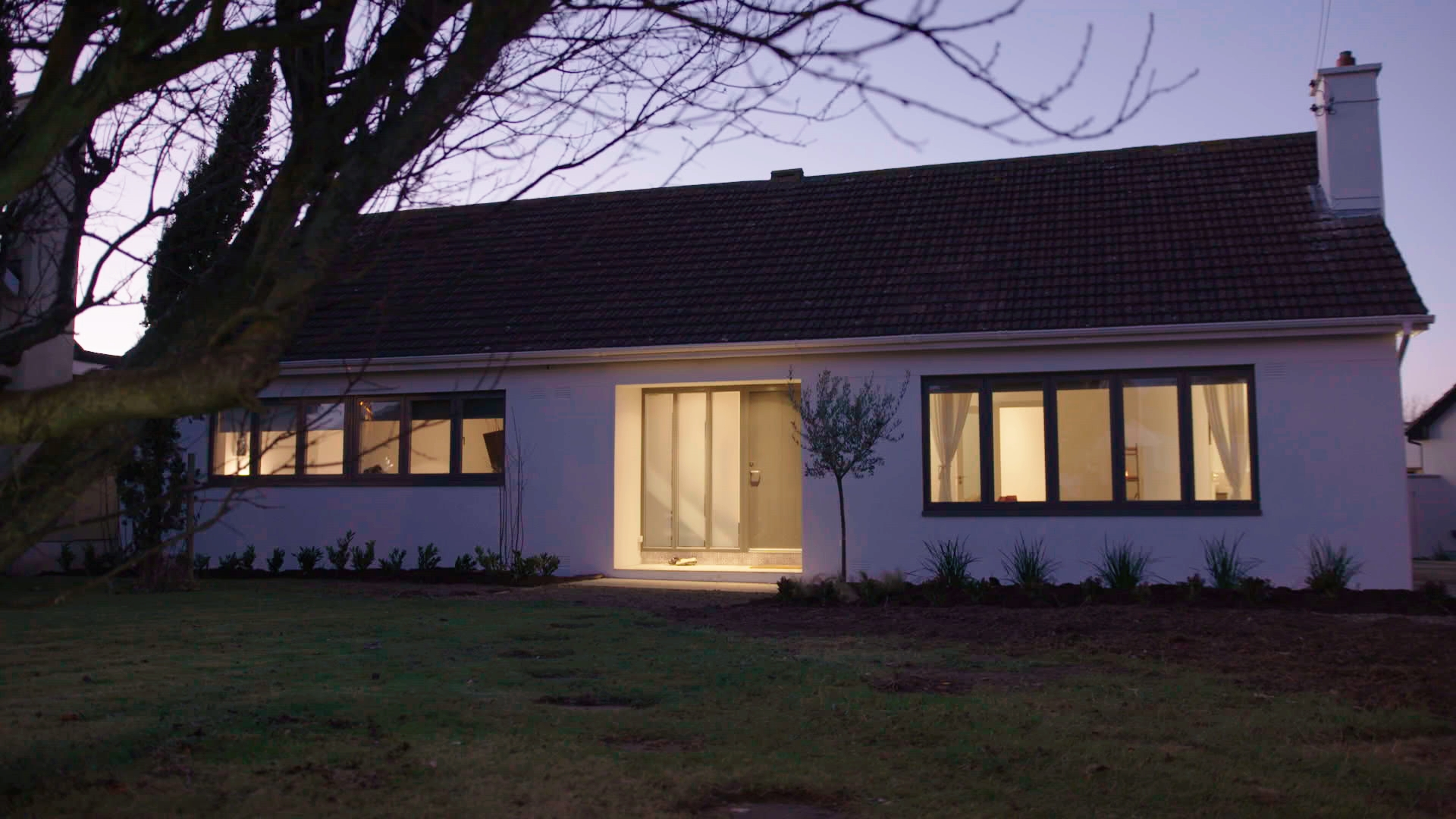TX4 RTI10 Sutton AFTER Front of house at night.jpg
