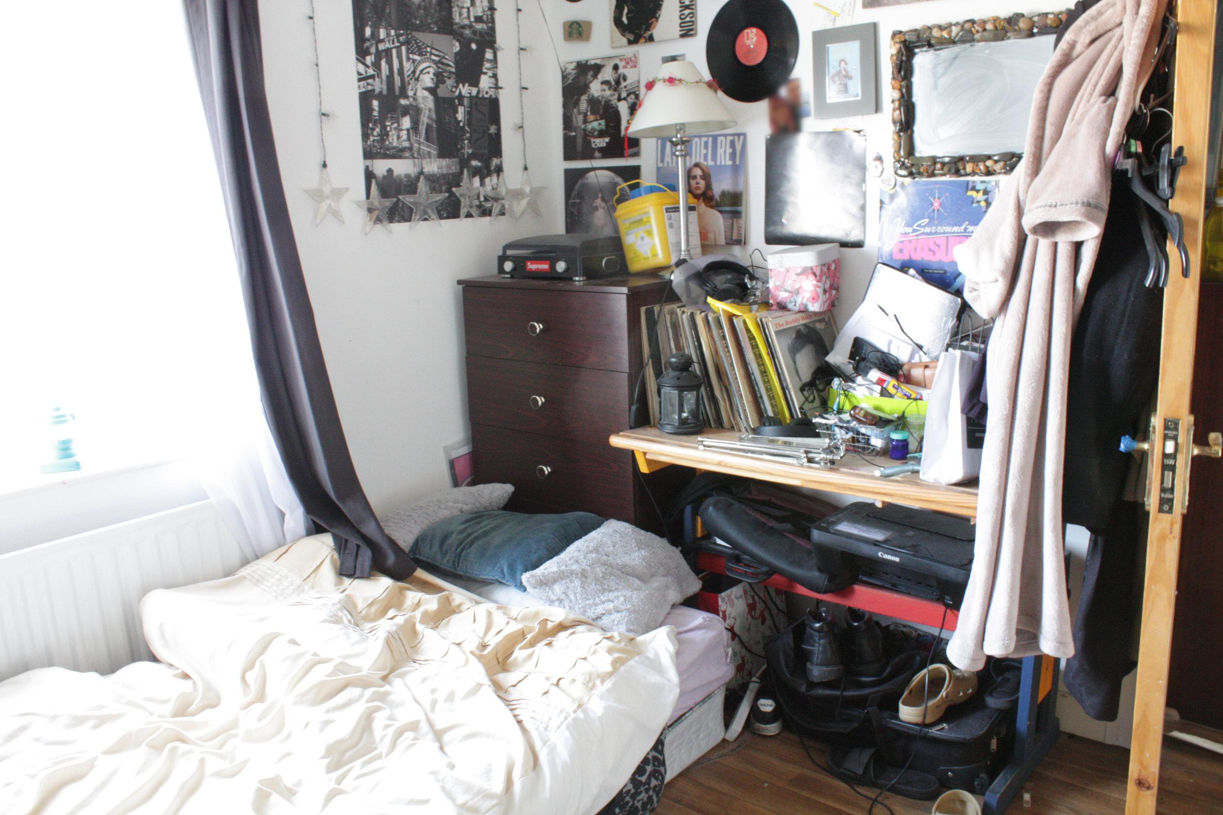 HR - Laytown - Before - Bedroom 1.JPG