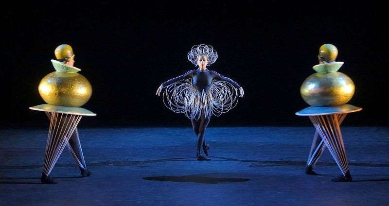 Still from the 3rd sequence, 3rd act of the  Triadic Ballet .