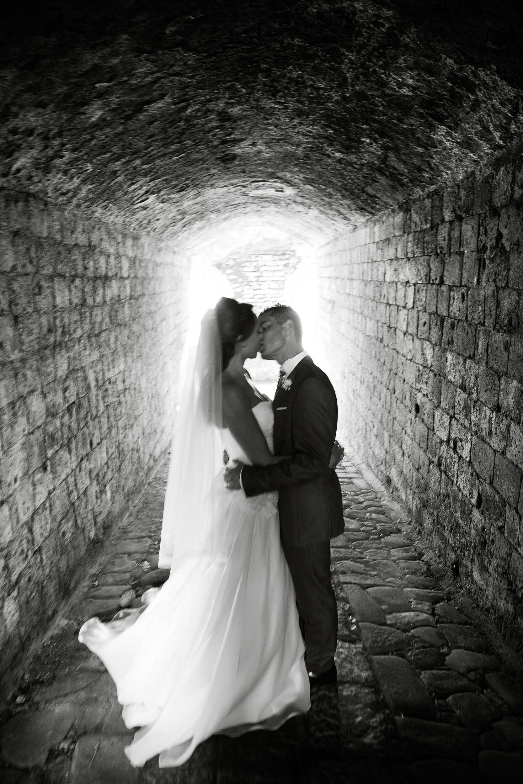 Kissing in a tunnel