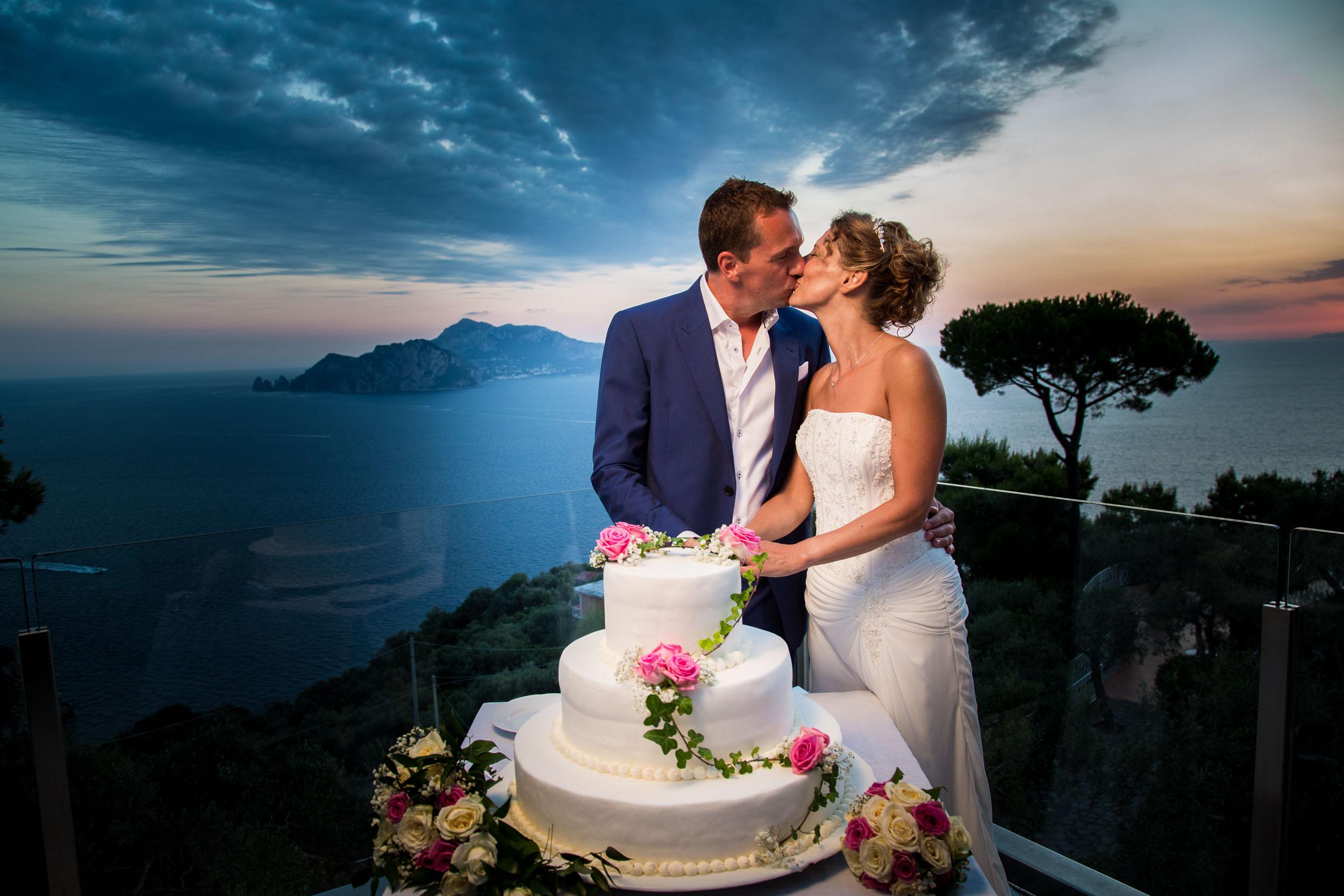 Sarah and Ian wedding cake