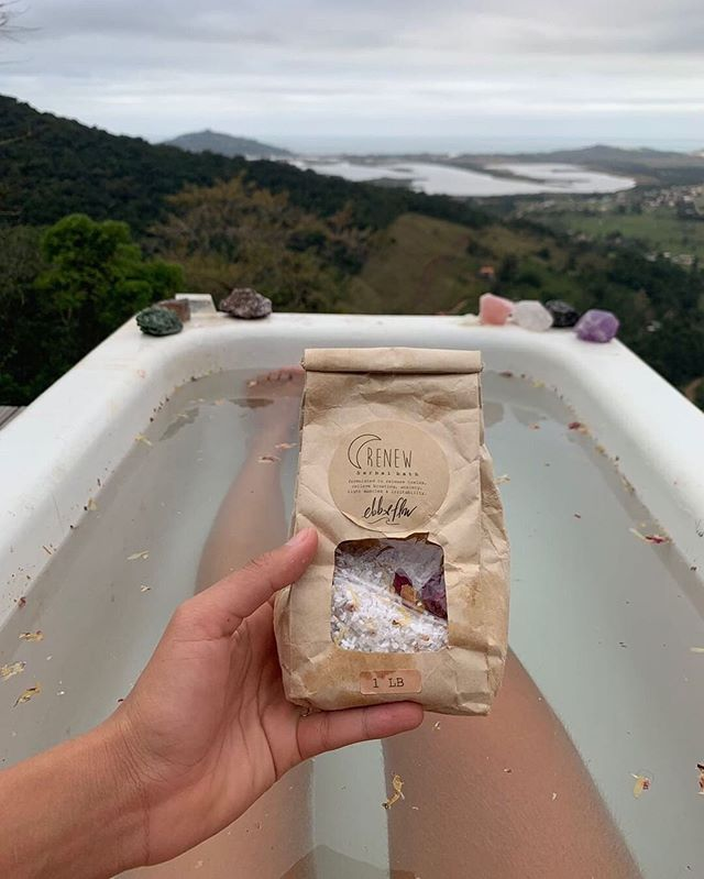 renew ☯︎☽ magnesium rich herbal salt bath with a blend of organic herbs and essential oils .:. available by the pound in compostable bags .:. ☁️ . . photo by goddess @fabiflorinda ✨ . . #ebbandflow #renew #ebbandflowbyty #saltbath #bathmedicine #forestbathing #outdoortub #herbalbath #spiritmedicine #plantspiritmedicine #magnesium #asabovesobelow