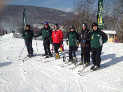 Wintergreen-Adaptive-Sports-skiers-image.jpg