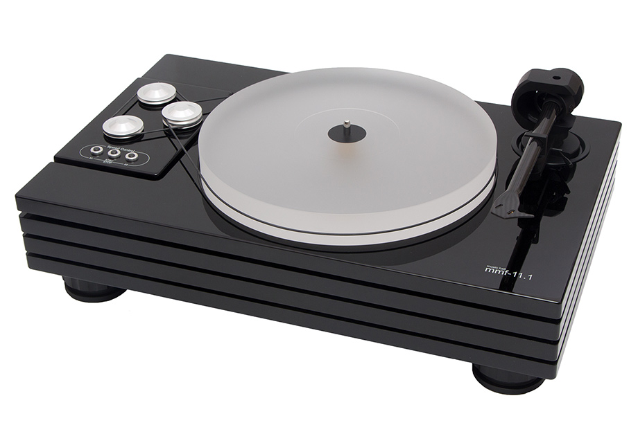 OUR FLAGSHIP TURNTABLE FEATURES A THICK  ACRYLIC PLATTER.