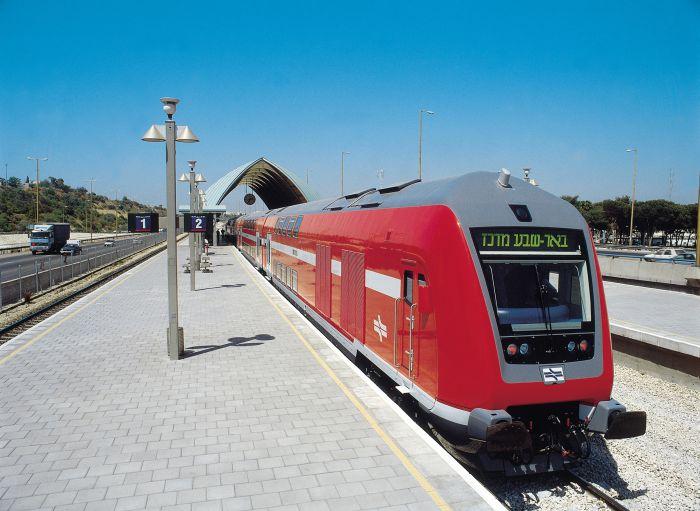 bombardier-train_0.jpg