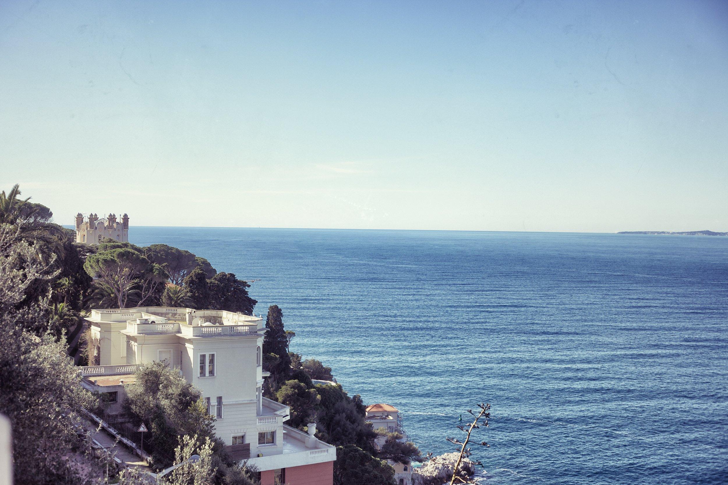 View+of+houses+overlooking+the+ocean.jpg
