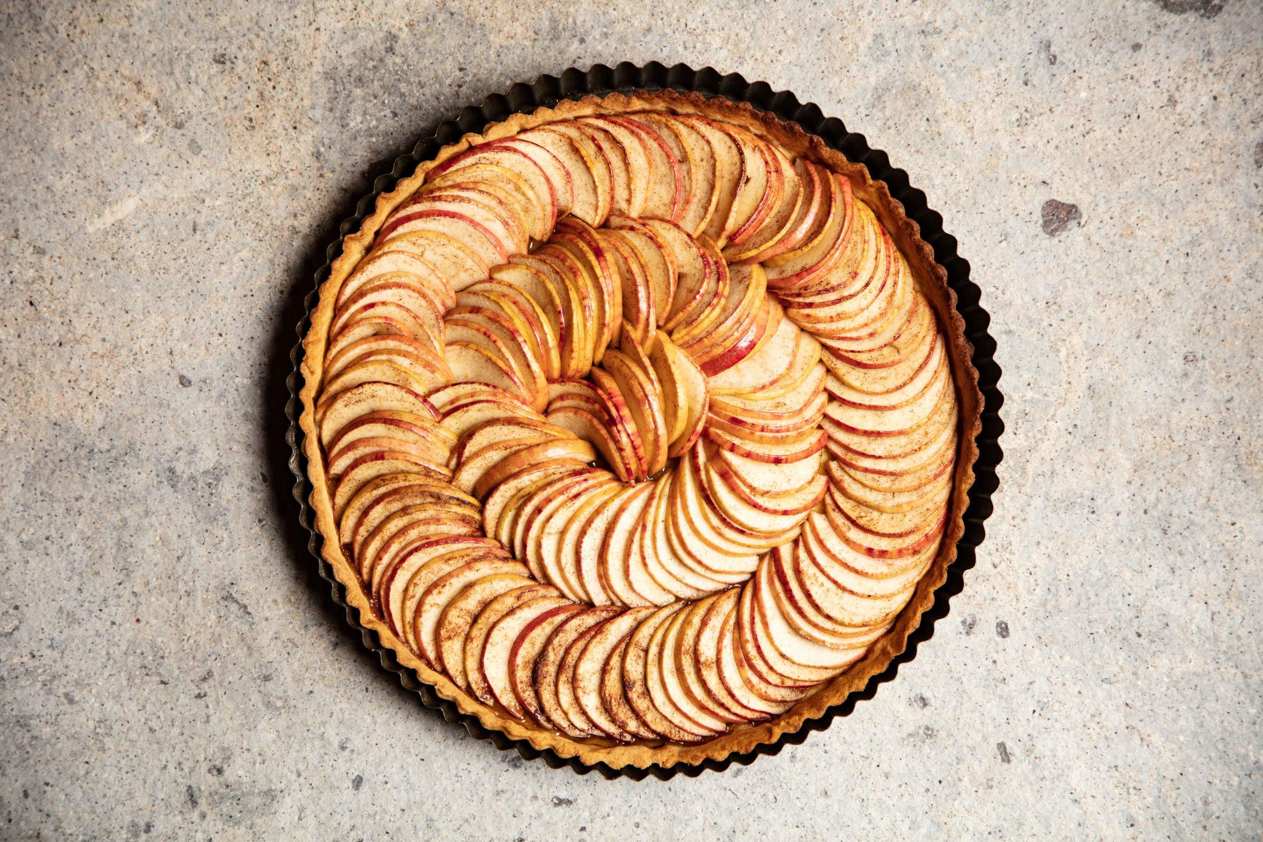Apple Tart - apples packed.jpg