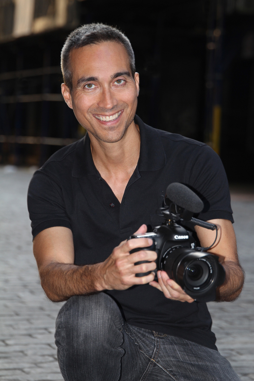Richard Davis video producer, shooter and editor, at Ridavio productions. Also event photography.