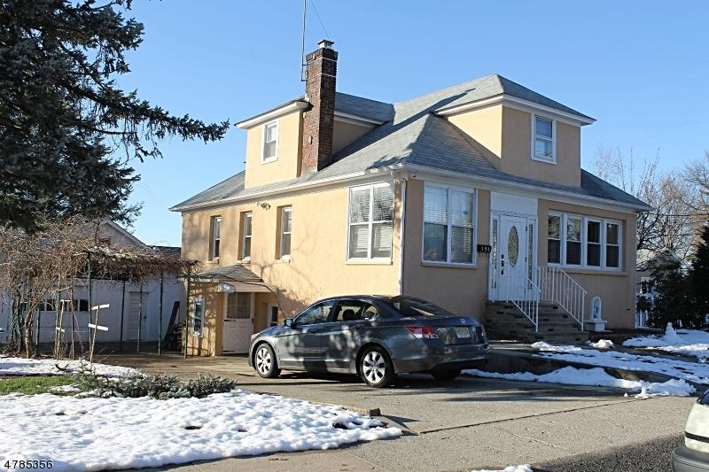 154 Woodside Ave.jpg