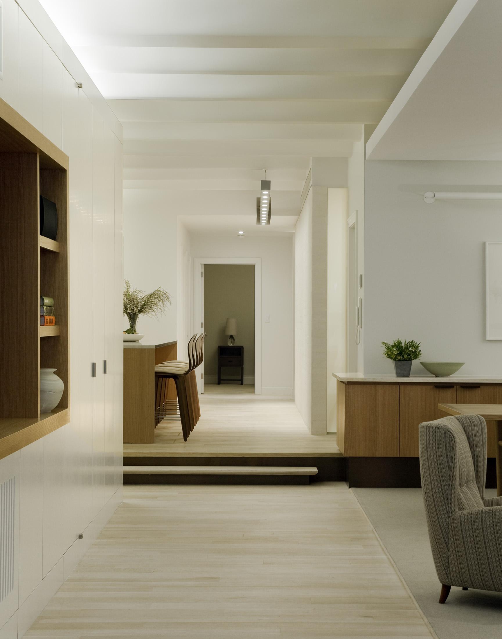 5-Hallway.jpg