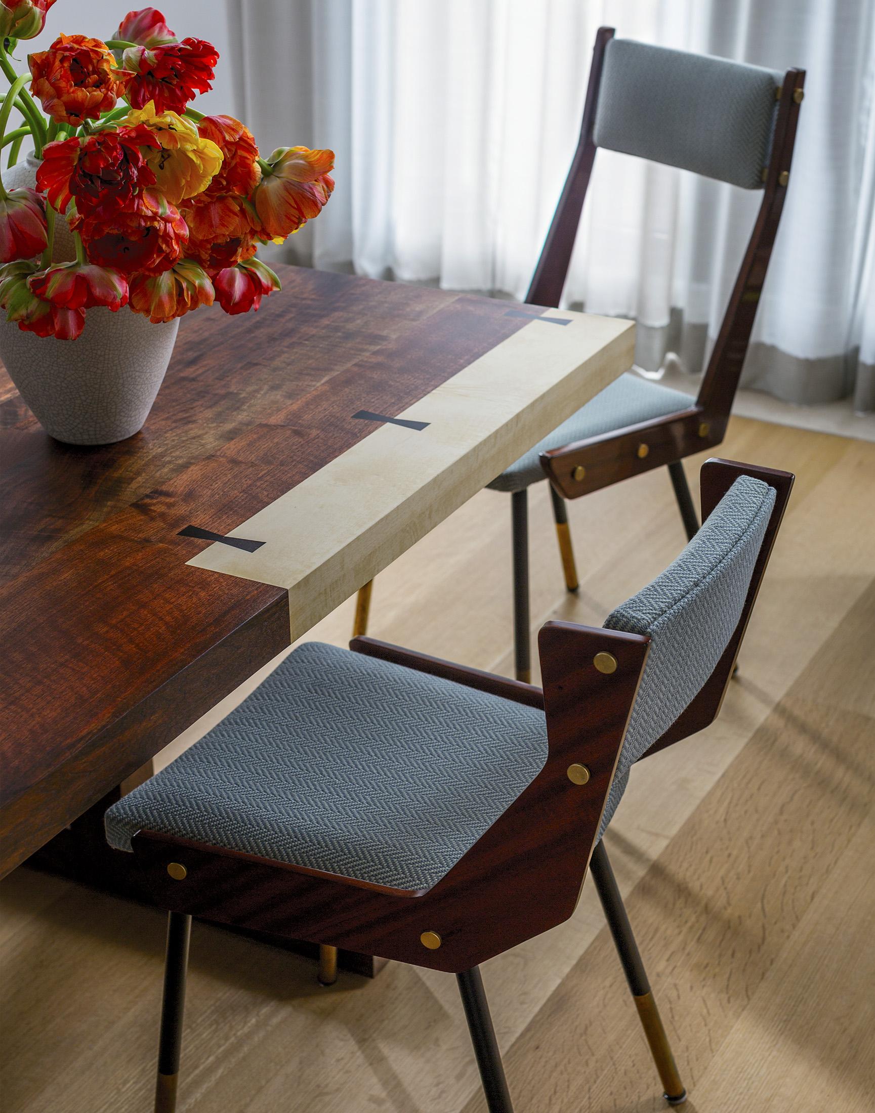 2-Dining Room.jpg