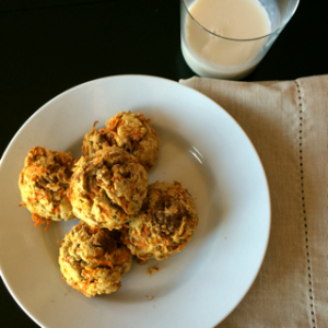 Carrot muffins with milk