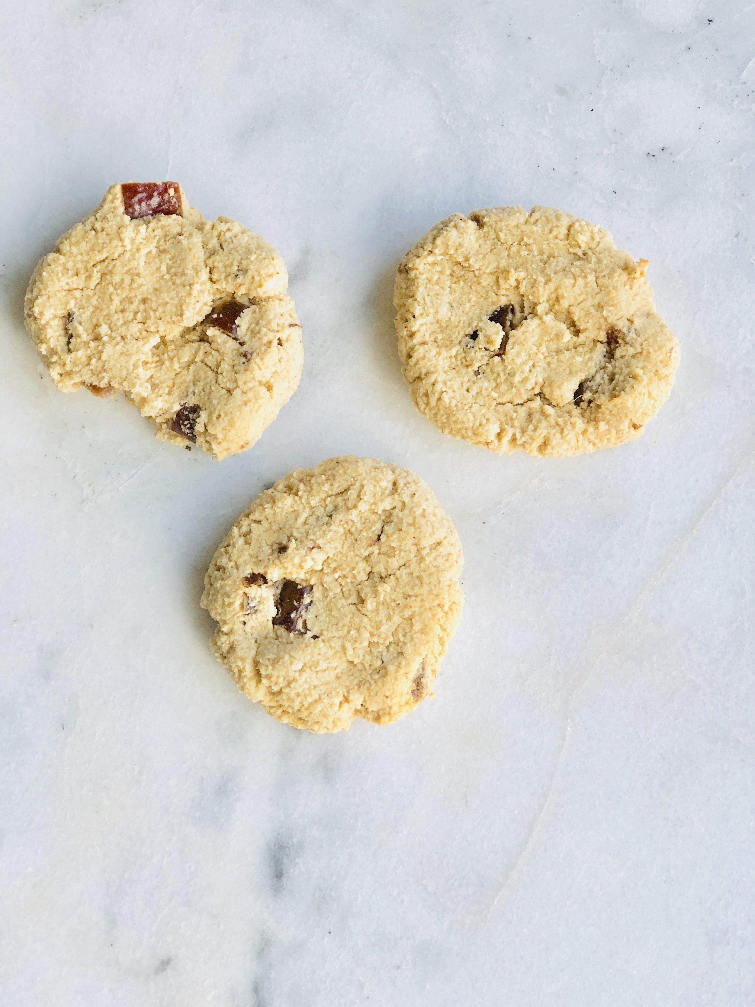 vegan date cookies.jpg
