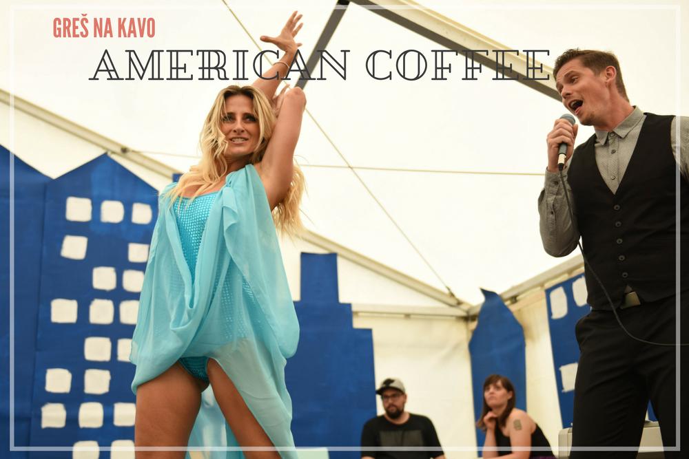Greš na kavo - Šest enot varstveno-delovnega centra Polž je združilo moči in na prireditvi Prideš na kavo, predstavilo Ameriko. Predstavili so avtohtone prebivalce Amerike, pa obred s pipo miru, nadaljevali s prihodom Kolumba ter predstavili petje in ples, manjkal pa ni niti ameriški nogomet.