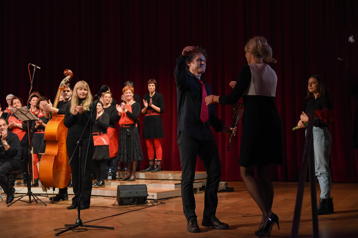 Humanitarian concert and fundraising for UP-ornik - Boris Krabonja, the face of the humanitarian organization UP-ornik organized a humanitarian concert and fundraising for helping the most vulnerable population.