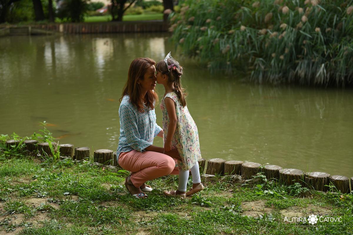AlmiraCatovic-Familyphoto (24).jpg