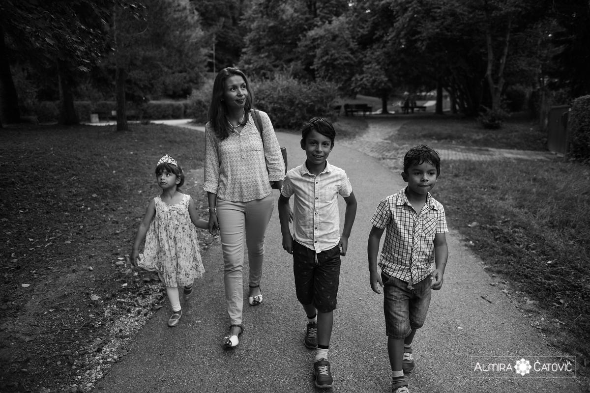 AlmiraCatovic-Familyphoto (30).jpg