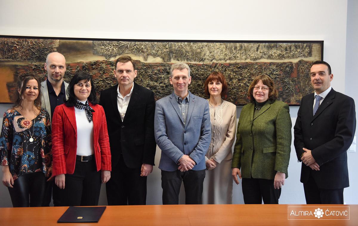 Delegacija-Univerze-Novi-Sad-Almira-Catovic (10).jpg