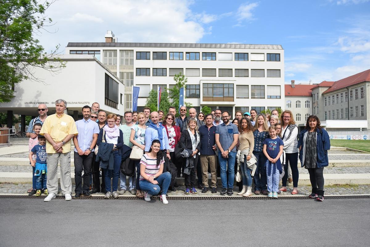 Mednarodni teden - Tradicionalni dogodek »Mednarodni teden« katerega namen je povečati prepoznavnost Ekonomsko-poslovne fakultete Univerze v Mariboru in spodbujati medkulturno akademsko sodelovanje je potekal že dvanajsto leto zapored.