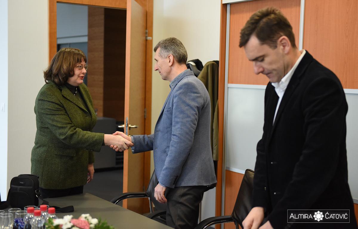 Delegacija-Univerze-Novi-Sad-Almira-Catovic (2).jpg