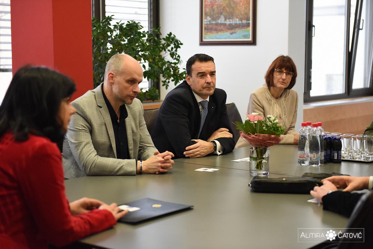Delegacija-Univerze-Novi-Sad-Almira-Catovic (5).jpg